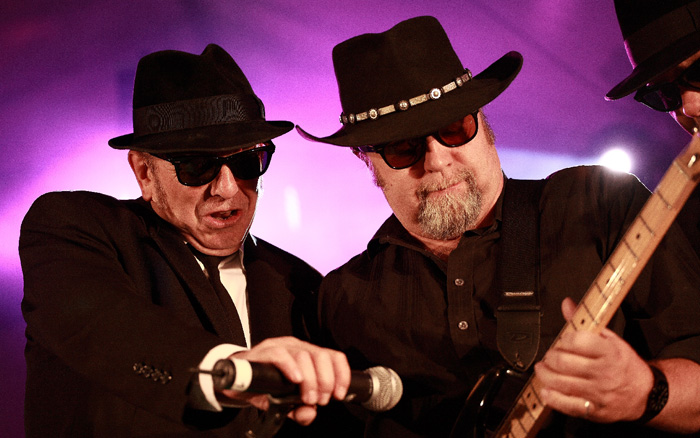 soultrains-blues-brothers18.jpg
